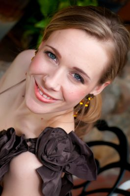 An Evening of Love Songs with Soprano Suzanne Nance