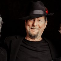 Roger McGuinn and Chris Hillman with Marty Stuart & His Fabulous Superlatives