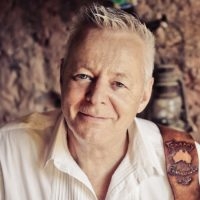 Tommy Emmanuel with guest Ida Mae
