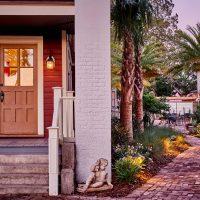 The Collector Inn & Luxury Gardens